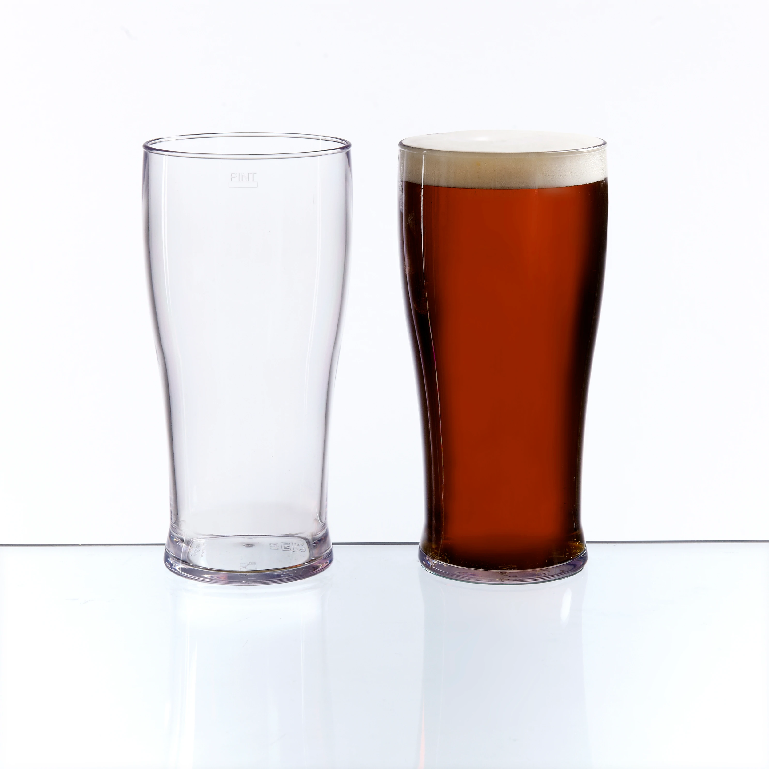 100 x Plastic Pint Glasses 20oz CE Marked Washable Reusable Nonic Glass