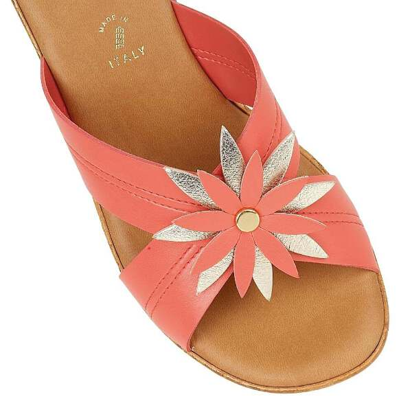 1677613a7c9dd Lotus Japonica Coral & Pink Wedge Sandals   eBay