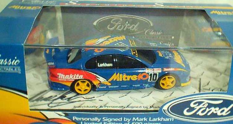 43008 Mark Larkham Signature Model