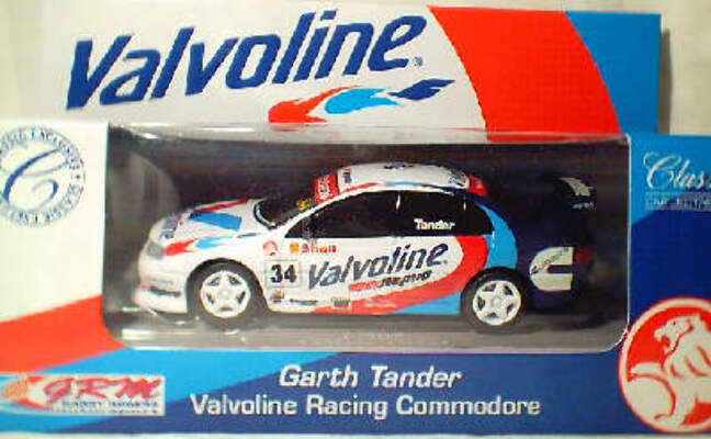 1:43 Classic Carlectables 1034-3 Garth Tander Valvoline Racing Commodore