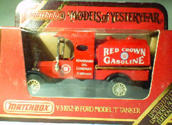 Y3 Model T Tanker - Red Crown