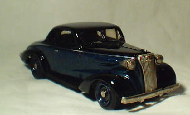 1:43 Chevrolet 1937 Coupe