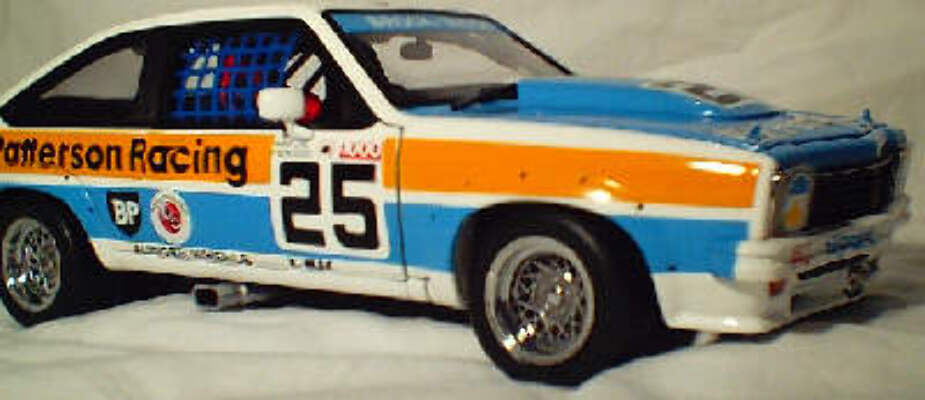 1:18 Biante Brock 1977 A9X No25