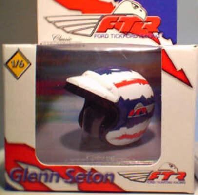 5004 Glenn Seton 2000 Helmet