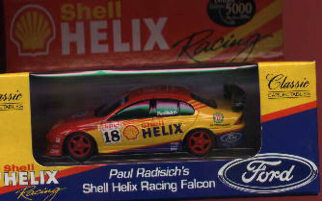 1:43 Classic Carlectables 2018/2 Shell Helix Falcon - Paul Radisich