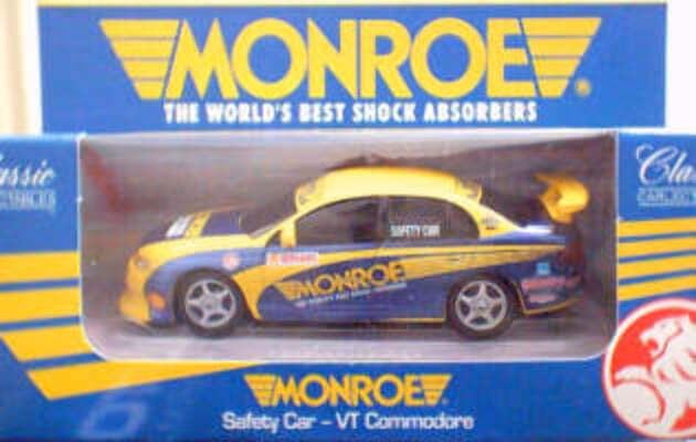 1:43 Classic Carlectables 1000 VT Commodore Monroe Safety Car