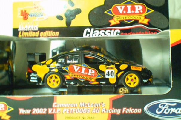 1:43 Classic Carlectables 2040 Cameron McLean 2002 VIP Petfood Falcon
