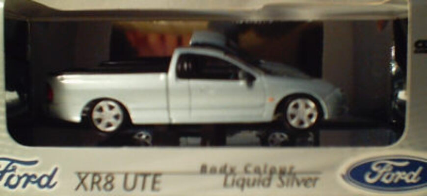 43553 Ford XR8 Ute - Liquid Silver