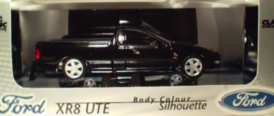 43550 Ford XR8 Ute - Silhouette