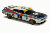 1:18 Classic Carlectable 18322 FORD XB 1977 ATCC WINNER Moffat  with door and paint issues