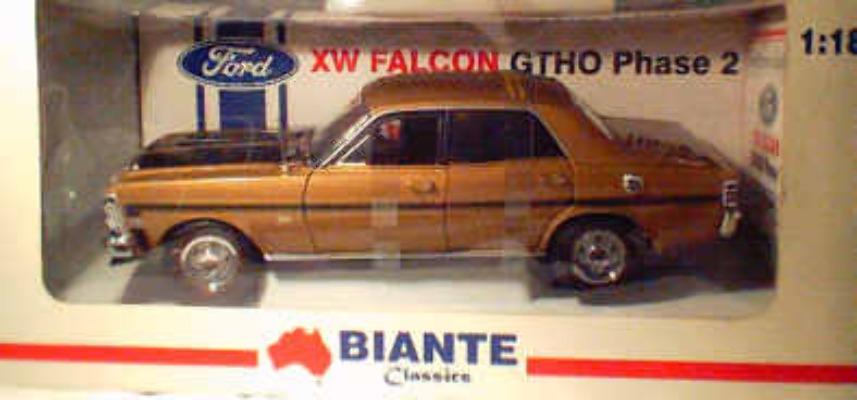 1:18 Biante  Gold XW Falcon