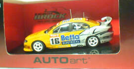 1:43 Biante Holden Commodore 2003 Weel #16