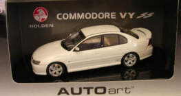 1:43 Biante Holden Commodore VY SS Heron white
