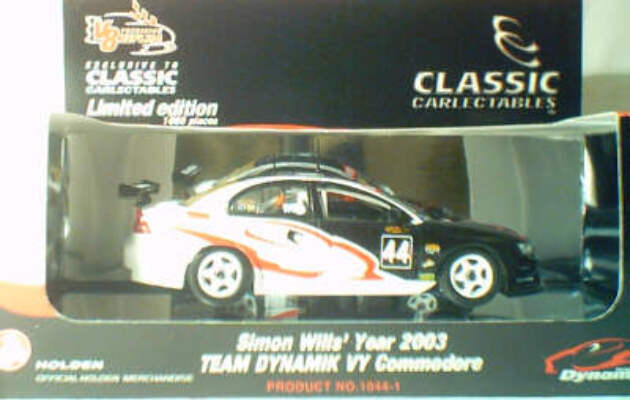 1:43 Classic Carlectables 1044-1 Simon Wills 2003 Team Dynamik VY Commodore