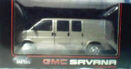1:25 GMC Savana - Silver