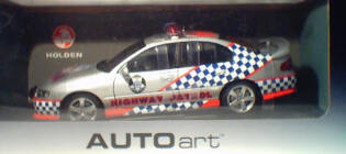1:18 Biante VX Commodore SS Victorian Police S.M.A.R.T.