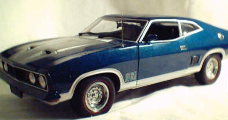 1:18 Biante XB GT Blue & Silver