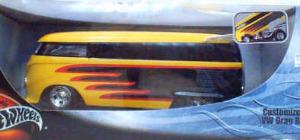 HW Yellow VW Drag Bus 1:18
