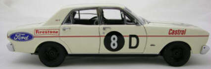 1:18 Classic Carlectable 18075 XT GT #8D Geoghegan Brothers 1968 Bathurst Falcon