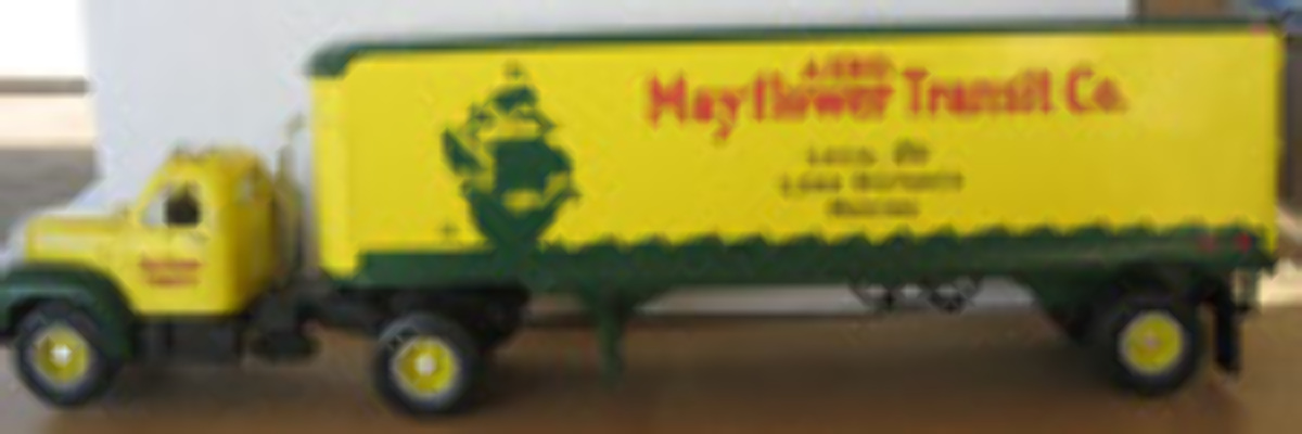 B61 Mack Semi Trailer - Mayflower Removals