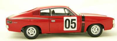 1:18 Biante VH Valiant Charger R/T E49 2005 Biante Historic  (creased box