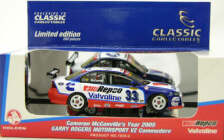 1:43 Classic Carlectables 1033-2 Cameron McConvilles 2005 Garry Rogers VZ Commodore