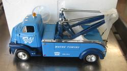 IHC Tow Truck - Wayne Towing