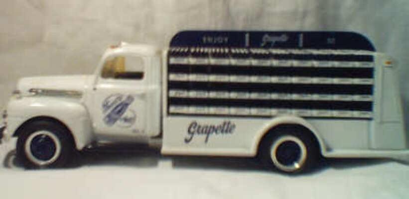 Ford Bottle Truck - Grapette