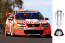 1:18 Classic Carlectable 18517 Whincup & Dumbrell  2012 Bathurst Win