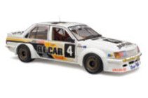 1:18 Classic Carlectable 18309 HOLDEN VH COMMODORE 1982 2ND PL BATHURST