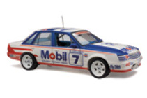 1:18 Classic Carlectable 18495 Holden VK Commodore 1985 Bathurst Harvey Parsons (ltd stock)