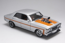 1:18 Biante Ford XW GTHO Street Machine Silver With orange Stripes