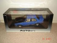 1:18 Biante Torana LX  Ultra Blue Window Box