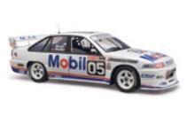 1/18 Holden Commodore 1992 Bathurst 18589 Peter Brock