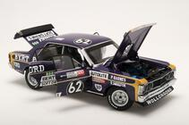 1/18 Ford XY Falcon GTHO 2nd Place Bathurst 1971 Barnes / Skelton