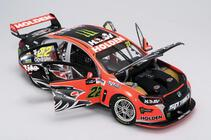 1/18 2016 VF commodore Courtney Clipsal