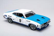 1/18 XA Falcon GT 1973 Australian Manufacturers  Chesterfield 250 Allan Moffat #9 signed certificate