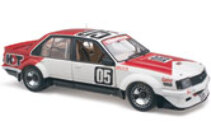 1/18 18583 Holden VC Commodore Symmons plains Brock