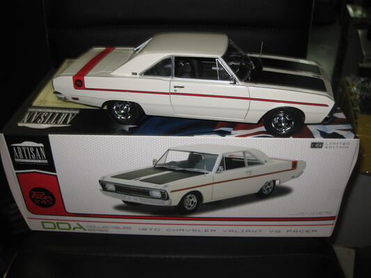 1/18 DDA / Greenlight 1070 CHRYSLER VG PACER (Pick up only )