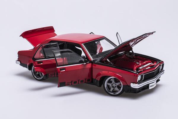 1/18 Holden LX Torana SLR5000 Street Machine  Chilli Pepper Red with Black inserts Free post in Aus $20 to NZ