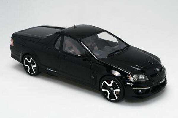 1/18 R8 HSV 20 years of Maloo Phantom Black BR18401A