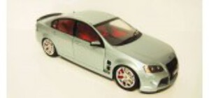 1/18 HSV W427 Panorama Silver AD61204 Opening Parts