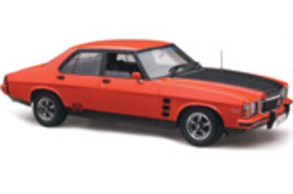 1/18 Classic 18660 HX GTS Manderin red (in stock