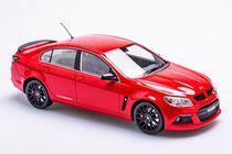 1/18 APEX HSVGEN-F Clubsport R8 Sting red