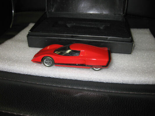 1/43 REVOLUTION MODELS 1969 HOLDEN HURRICANE CONCEPT CAR