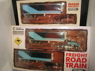 1:64 HIGHWAY REPLICAS KENWORTH FRIGHT ROAD TRAIN TRUCK & EXTRA TRAILER BLUE