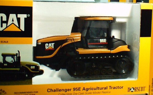 CAT Challenger 95E Ag. Tractor