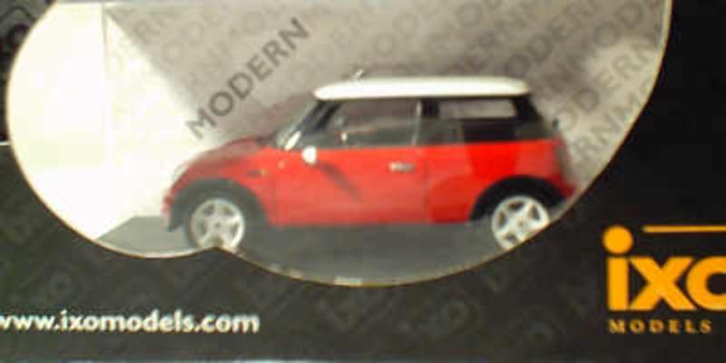 2001 Mini Cooper - Red 1:43