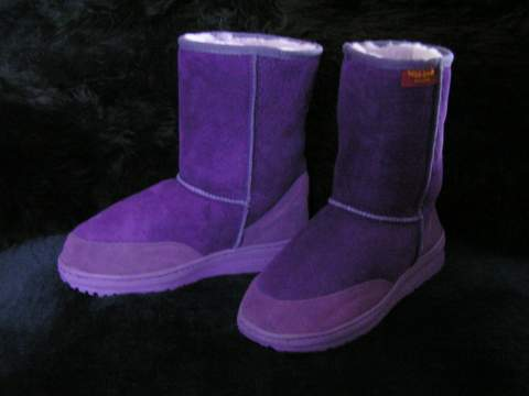 Short Premium Ugg Boot (Purple)