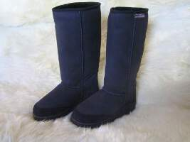 Long Premium Ugg Boot (Black)